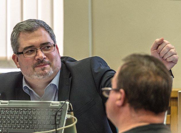 Primátor Daniel Černý na pondělním zasedání zastupitelstva.