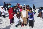 Karneval na sněhu je oblíbenou zábavou lyžařské školy