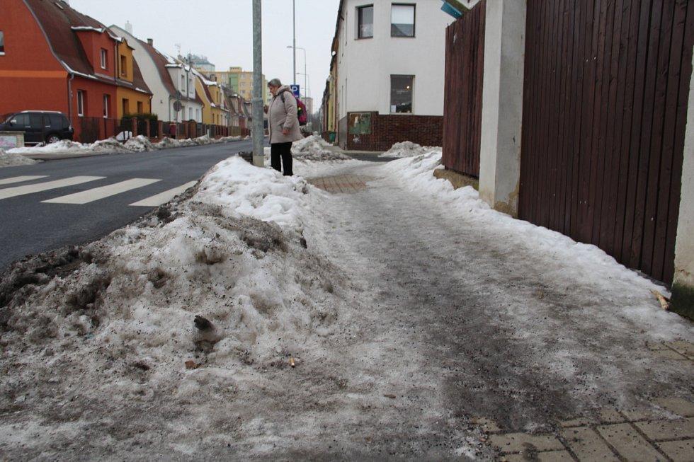Kostnická ulice v Chomutově.