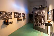 Výstava Únik z totality v Chomutově.