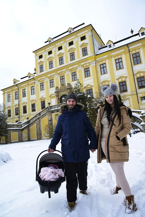 Den před Valentýnem u zámku Červený Hrádek v Jirkově.
