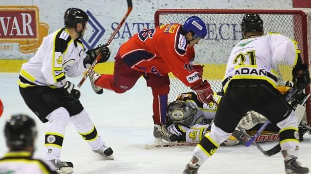 Snímek ze zápasu Kadaňských proti Ostravě.