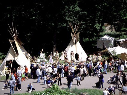 Indiánská vesnice v Podkrušnohorském zooparku.