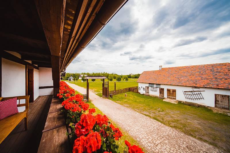 Ubytování ve Skanzenu Stará Ves při Zooparku Chomutov