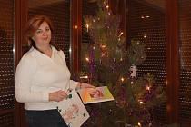 STAROSTKA Klášterce nad Ohří Kateřina Mazánková měla největší radost z obrázku od své dcery a z kalendáře se svou rodinou.