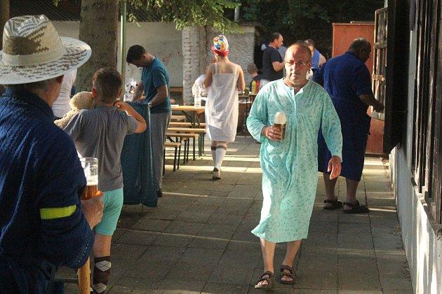 Pyžamová párty.