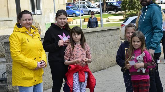 Den vítězství v Březně oslavili první jarní akcí.
