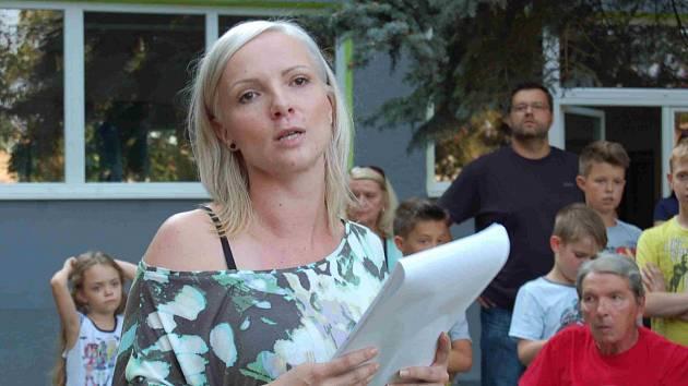 Trenérka a choreografka taneční školy Stardance Jana Zelenková při zahájení nového školního roku.Vrátila se ke svým svěřencům po několikaměsíční pouze způsobené léčbou těžkých zranění, která utrpěla při květnové autonehodě.