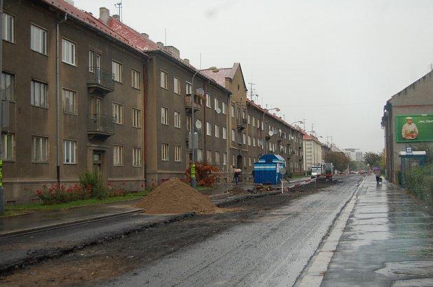 Kadaňská ulice za nedávné rekonstrukce.