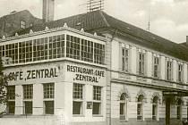 Restaurace Zentral na počátku dvacátého století.