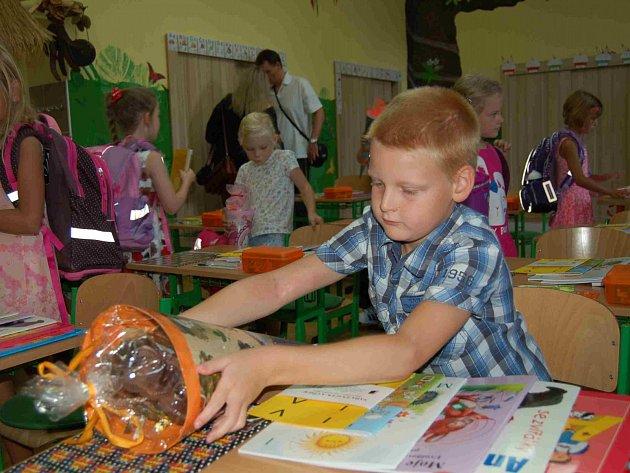 První školní den v ZŠ Duhová cesta v Chomutově.