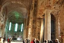 Kostel sv. Václava ve Výsluní má mezi filmaři velmi dobré jméno. Natáčelo se tu už několik zajímavých snímků.