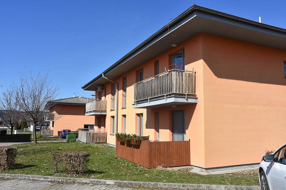 Bytové domy v Málkově.