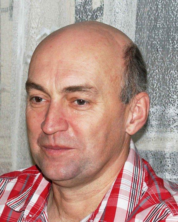 Jiří Jaroš - ZKL, 54 let, technik.