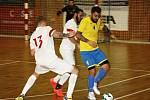 Atletico Chomutov (v bílém) zápas s Ústím nezvládlo.