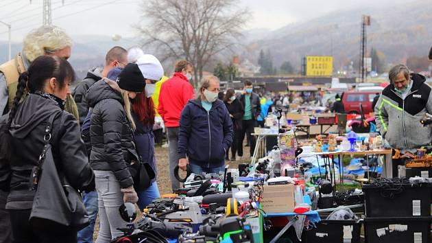 Bleší trhy v Málkově jsou v sobotu i v neděli.