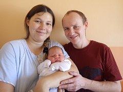 Izabela Milá se narodila 14. října 2017 v 6.29 hodin rodičům Martině Holubové a Štefanu Milému z Chomutova. Vážila 4,4 kg a měřila 53 cm.