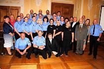 Městské policii Jirkov je letos třicet let. Slavnostní akt proběhl na zámku Červený Hrádek.