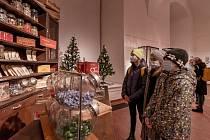 V chomutovském muzeu probíhá výstava věnovaná historii výrobě sladkostí a cukrovinek.