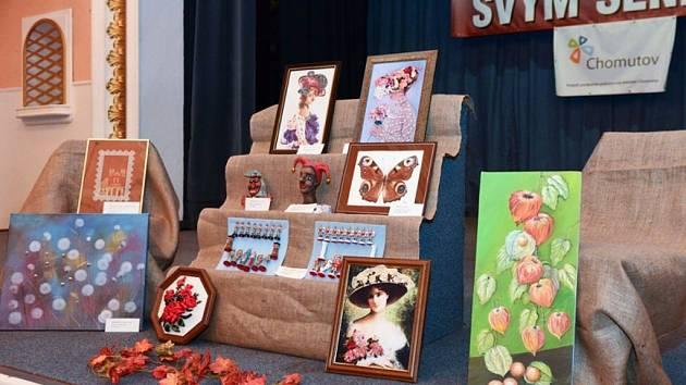 V loňském roce ocenění získaly obrazy i sochy z keramiky.