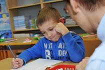 K zápisu do chomutovských základních škol zřizovaných městem dorazilo 571 budoucích prvňáčků.
