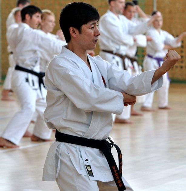 Na snímku z minulých ročníků jeden z instruktorů.