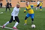 V utkání proti druholigovému Ústí ptřil mezi nejlepší hráče na hřišti chomutovský Patrik Gedeon na snímku vlevo.