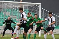 FC Chomutov - SK Horní Měcholupy 4 : 2.