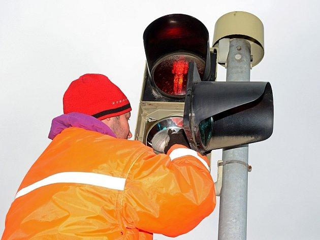 Technik při seřizování semaforů