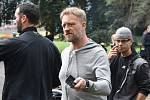 V bývalých chomutovských lázních natáčejí seriál o drogové mafii. Na snímku režisér Viktor Tauš.