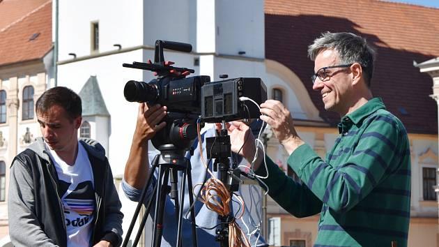Režisér Roman Němec při práci