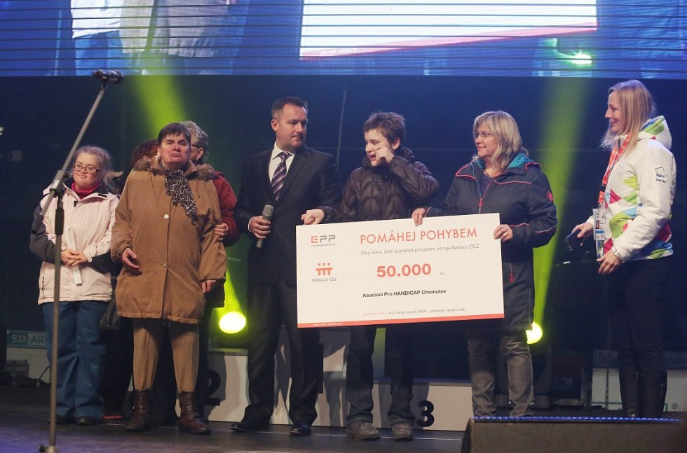 Závěrečným ceremoniálem vyvrcholily ve čtvrtek večer Zimní olympijské hry dětí a mládeže, které letos pořádal Ústecký kraj.