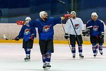Trénink chomutovských hokejistů na krajskou ligu.