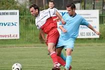 FOTBALISTÉ 1. FC SPOŘICE si k přípravnému utkání pozvali na svoje hřiště mužstvo Havraně. Hrál se vyrovnaný fotbal, z vítězství se nakonec mohli radovat domácí hráči. Ti vyhráli 3:2 po dvou gólech Kubíka a jednom Boučka.