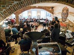 Slavnostní otevření kavárny a pražírny kávy Jacques Cafe v Chomutově