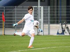 Mladý Michal Hůla odchytal v Nymburce druhé mistrovské utkání za dospělé.