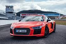Závodní okruh mosteckého autodromu bude patřit vozům Audi.