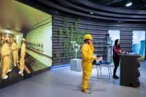 Virtuální prohlídky pořádá ČEZ nově z moderního televizního studia. Budou probíhat až do konce školního roku.