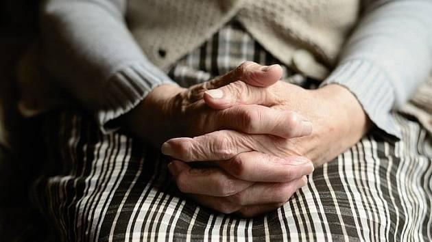 Jirkov pomůže osaměle žijícím seniorům.