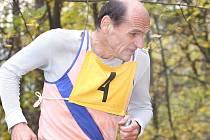 Nová výrazná postava Zimního běžeckého poháru – kadaňský rodák Ivan Elischer.