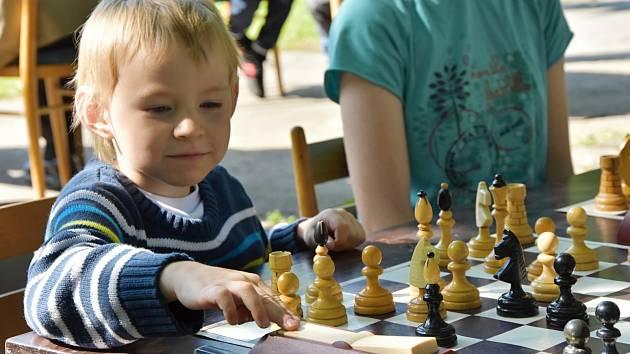 Mimořádně nadané děti jsou tak trochu jiné než ostatní a potřebují odlišnou výchovu i vzdělávání.
