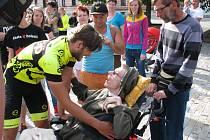Milana Dzuriaka přivítali lidé na jirkovském náměstí bouřlivým potleskem.