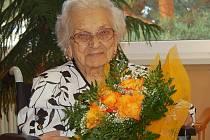 EMÍLIE VYŽRÁLKOVÁ oslavila své 101. narozeniny s úsměvem na líci a pohodou sobě vlastní