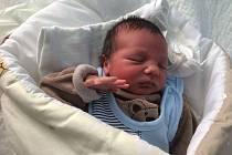Roland Korsa se narodil 13.12. v 5:43 rodičům Haně a Rolandovi Korsovým z Jirkova. Chlapeček vážil 2990 g a měřil 48 cm
