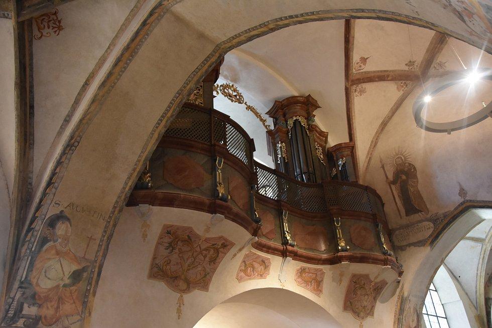 Obnovené varhany v kostel Čtrnácti sv. pomocníků