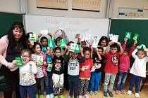 Děti ze Základní a mateřské školy 17. listopadu v Chomutově dělaly dobré skutky. .