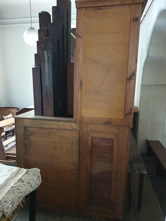 Barokní varhany, které se vrátily do Chomutova.