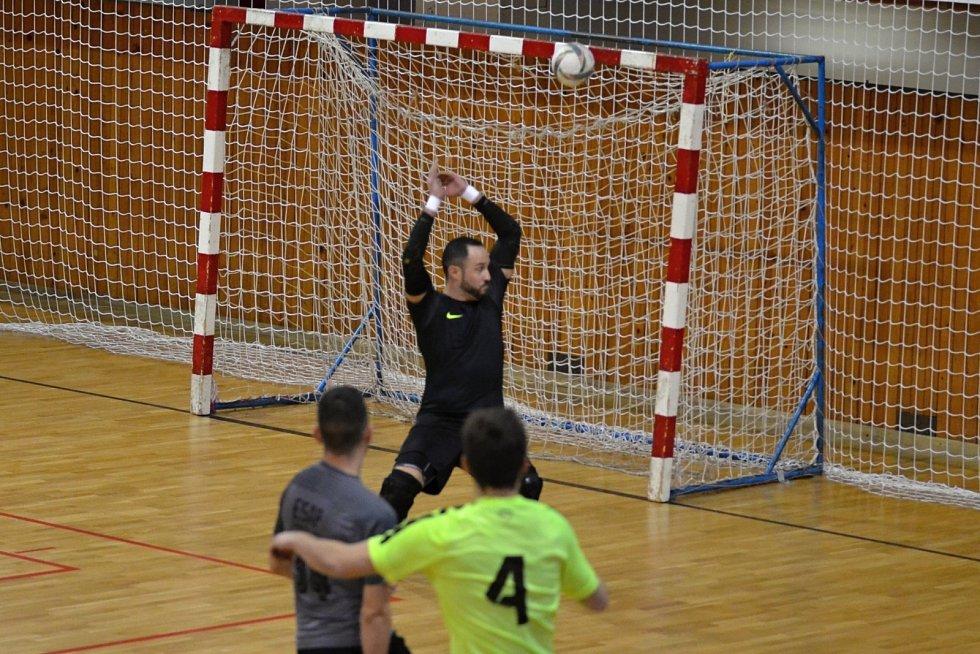 Semifinále ESAP-Jablíčka (žlutí) 1:2