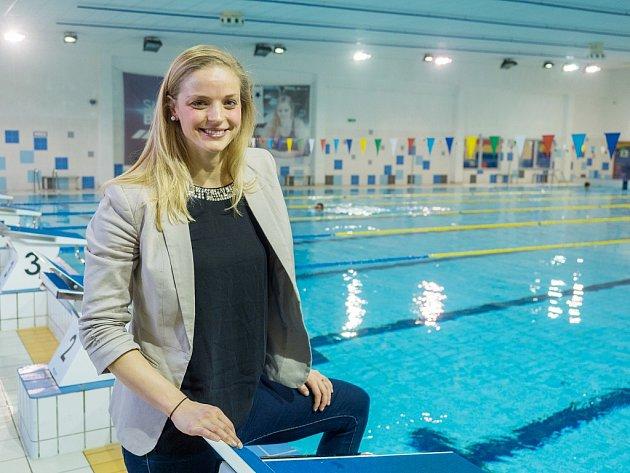 Anketu Nejúspěšnější sportovec roku 2017okresu Chomutov už podeváté ovládla plavkyně Simona Baumrtová. Cenu si nemohla převzít osobně, protože je na soustředění vDubaji.