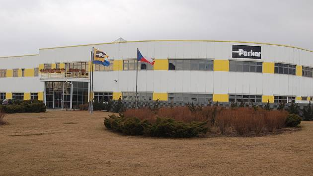 Hala firmy Parker v Chomutově.